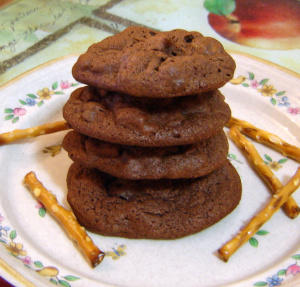 Chocolate Covered Pretzel Cookie